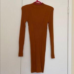 NEVER WORN Forever 21 body con long sleeve dress